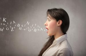 Главное для разговорного клуба английского языка - научить человека раговаривать