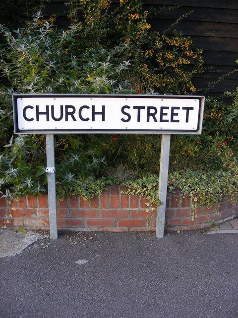 church street артикль не нужен